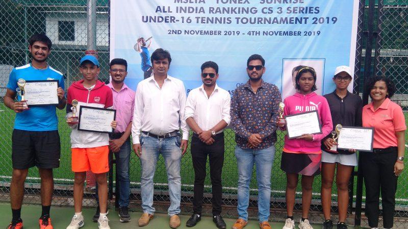 Nasa, Kutwal lift titles at the