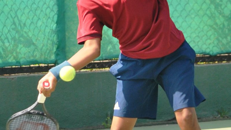 Seeds move easily into semis at the MSLTA Yonex Sunrise APMTA All India Ranking Super Series U-12 Tennis Tournament