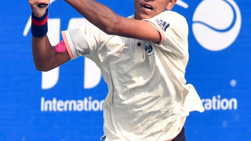 Siddhant Banthia beats second seed Lee Duckhee
